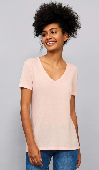 SOL'S Women`s Flowy V-Neck T-Shirt Motion